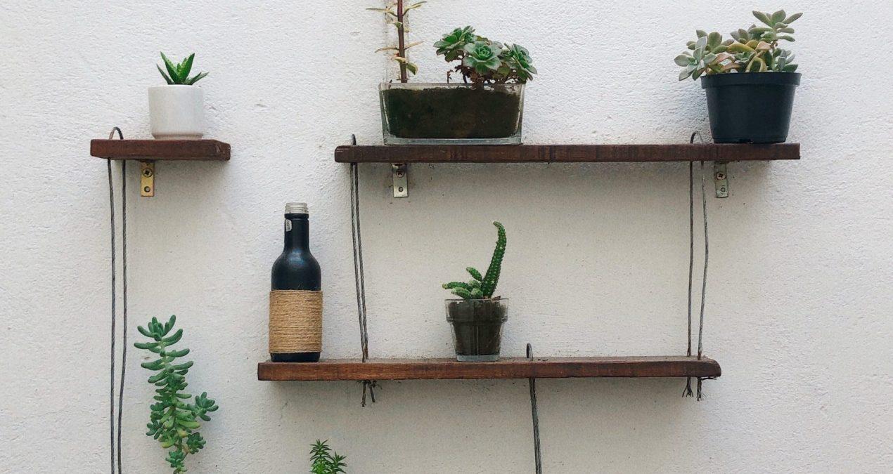 DIY : fabrication d'une étagère suspendue en corde